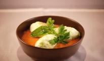 Gaspacho de tomate façon île flottante